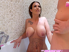 submissive german girlfriend piss and fuck